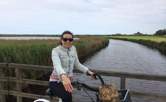Marta op de fiets