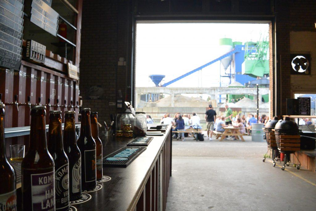 De bar van Kompaan