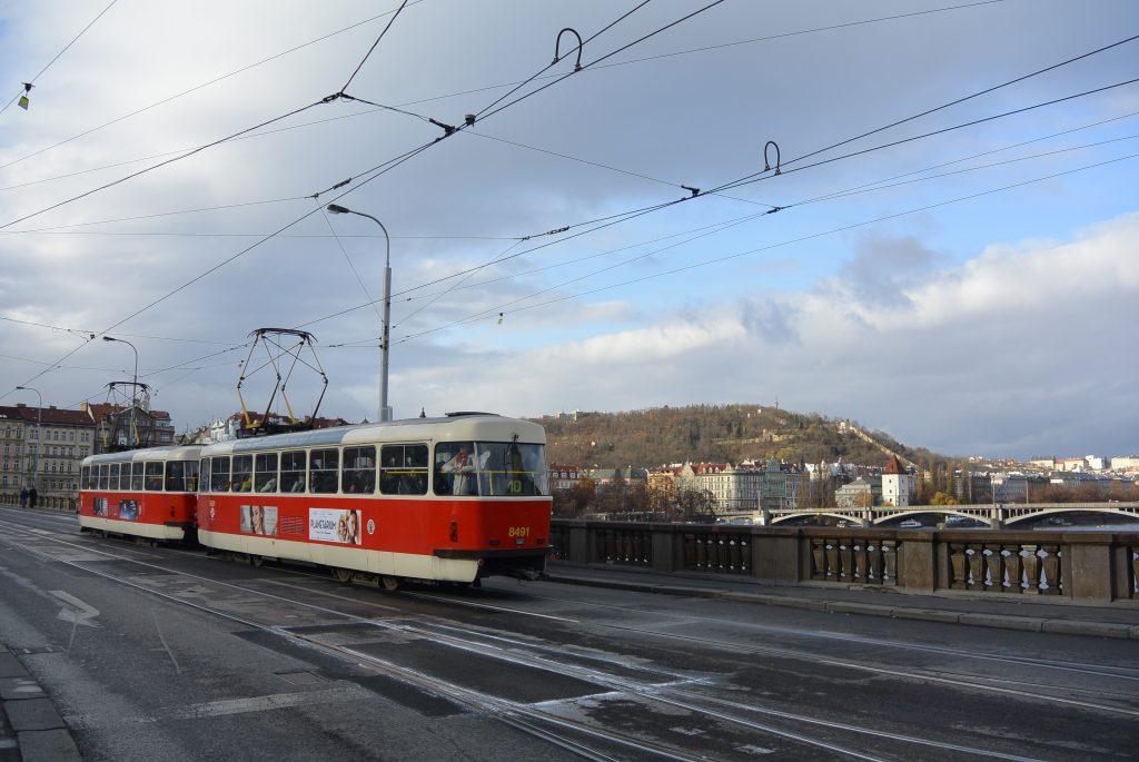 De tram in Praag